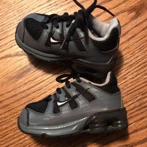 Toddler Nike Shoes Size 4C